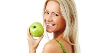 eating apples prevents acne