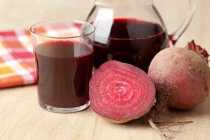 Beet juice to relieve acne