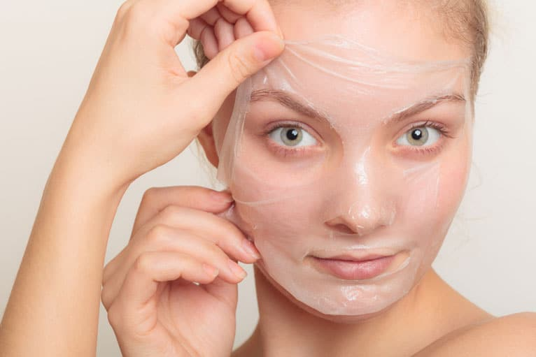 How To Clear Acne On Face Naturally