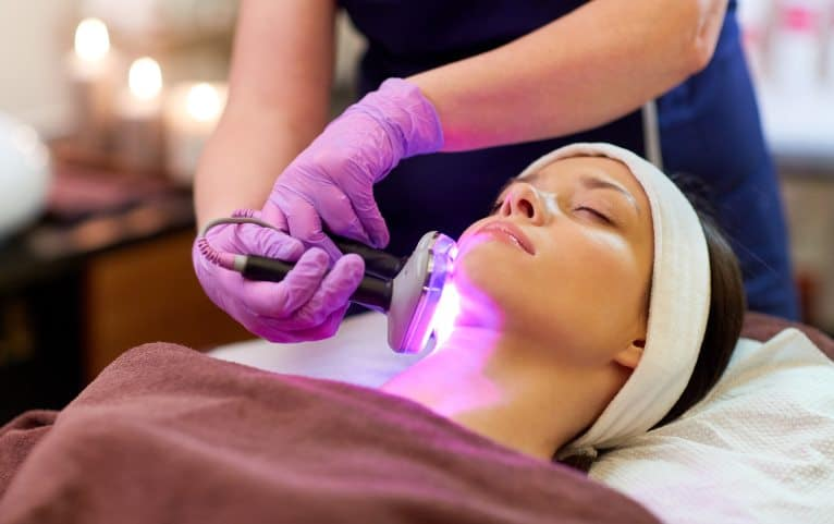 Acne light therapy can be an effective treatment for several kinds of acne, skin types, and budgets.