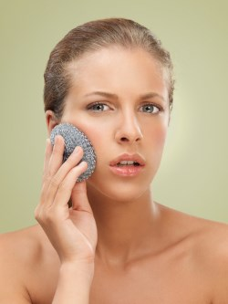 scrubbing-face