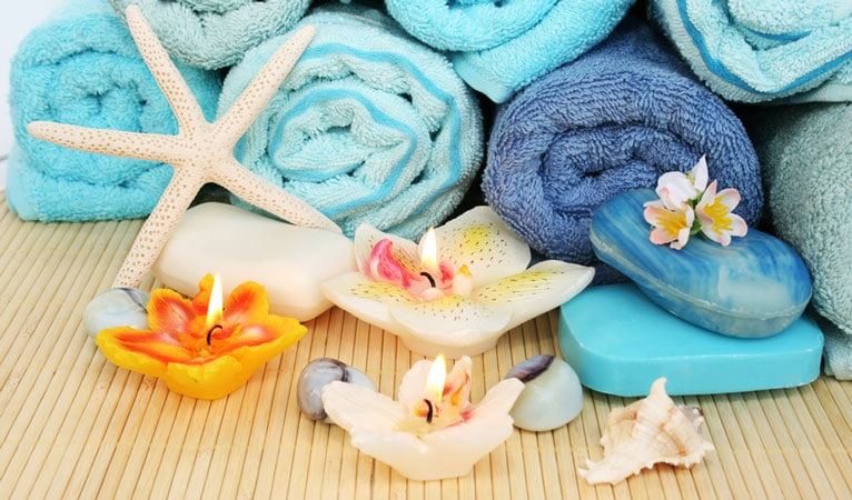 soap and washcloths for acne