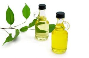 Tea tree oil reduces acne inflammation