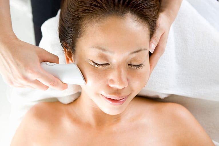 Isolaz Light Therapy on Asian Skin
