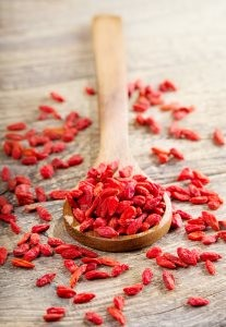 Goji berries are just one way Yuli's mask fights inflammation common with acne.
